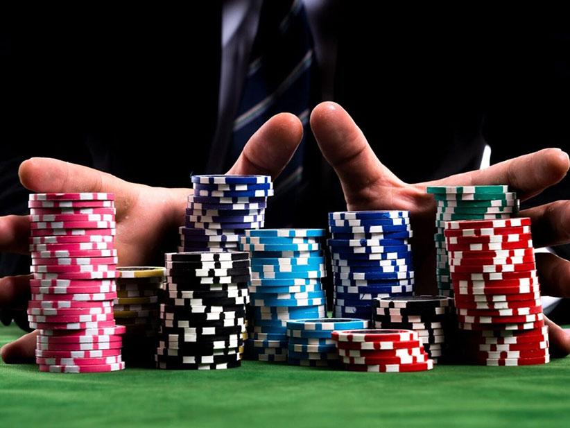 Turnamne Live Poker